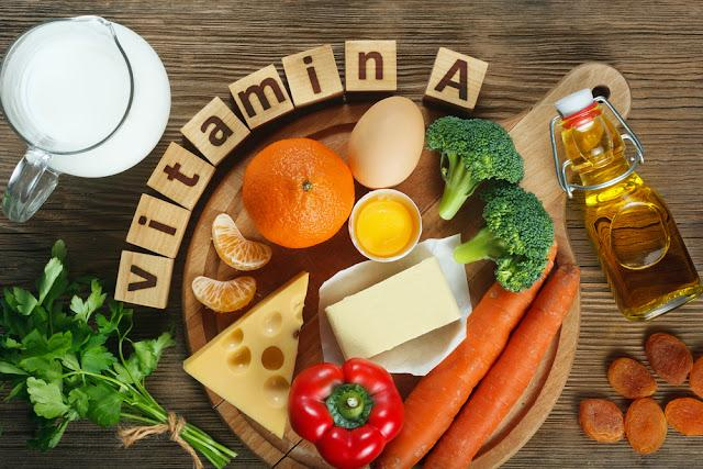 Vitamin A in food Natural products rich in vitamin A as tangerine, red pepper, parsley leaves, dried apricots, carrots, broccoli, butter, yellow cheese, milk, egg yolk and cod liver oil.